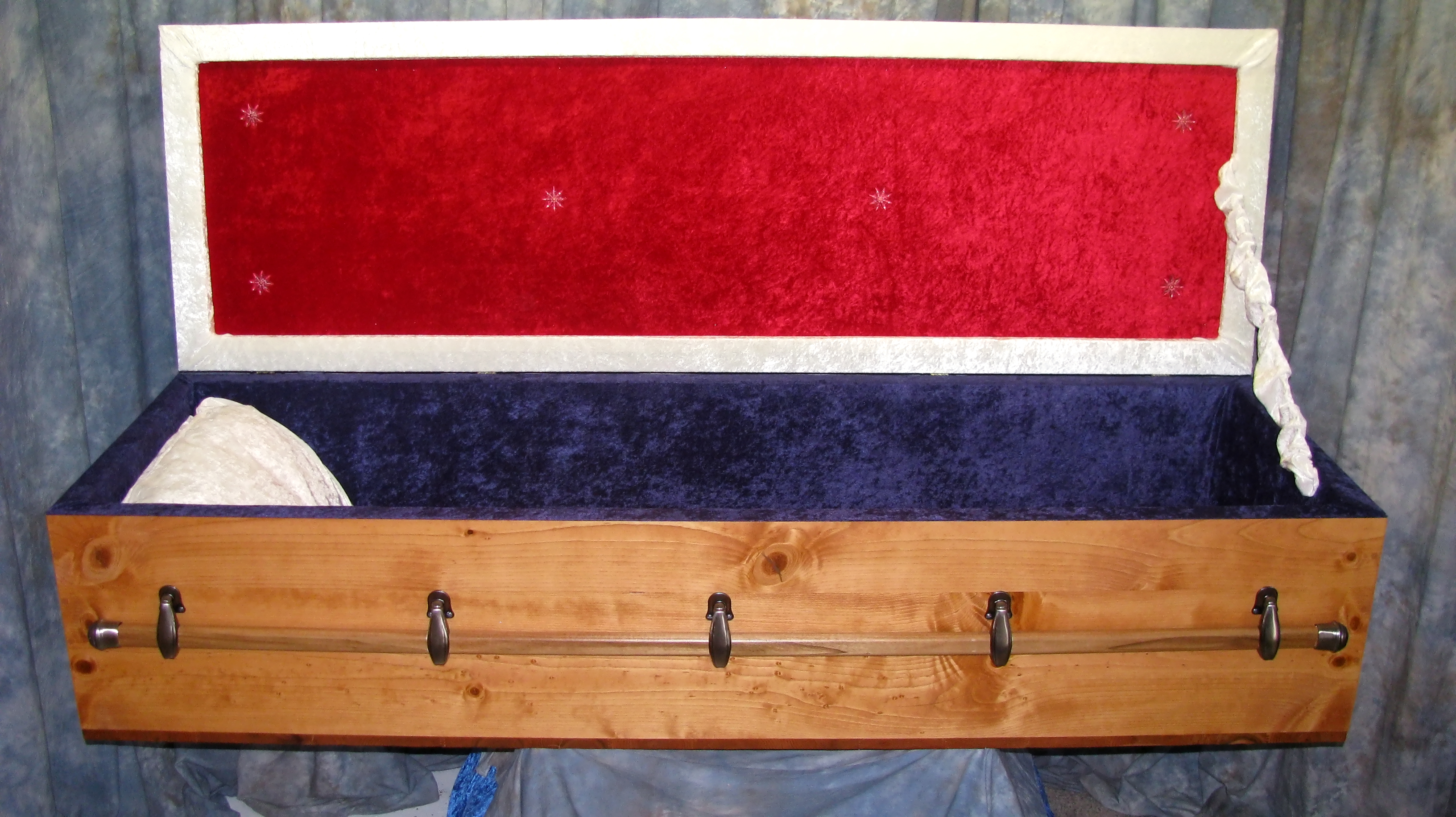 Solid Wood Military Veterans Caskets And Coffins